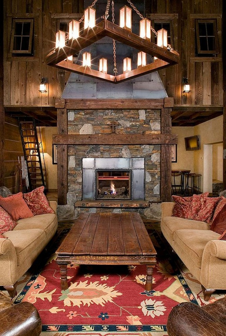 45+ Beautiful Rustic Chandelier Decor Ideas For Your ...