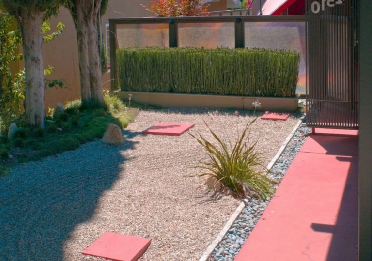27 Top Simple Backyard Landscaping Ideas For Your Home